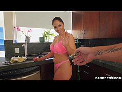 Offering Latina Maid some cash