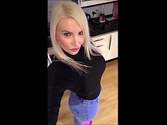 Pawg in Jeans big booty   -  Bbwintroductions.com