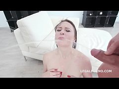 Fucking Wet With Kiara Gold Balls Deep Anal, DAP, Gapes and Pee drinking