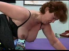 Nice mature woman plays with her pussy for you.
