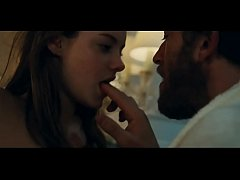 Our Day Will Come (Notre Jour Viendra  2010) - Camille Rowe