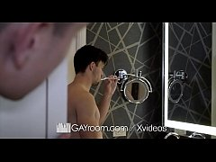 GayRoom Bearded massage oiled up ass pounding