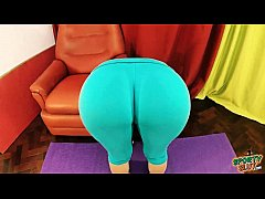 Amazing Big Round Ass Fat Cameltoe Stretching in Tight Lycra Pants