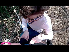 My girlfriend gives me a good blowjob at the park