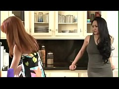 Mature And Young Lesbians video completo en http:\/\/yobuilder.com\/3rot