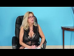 MILF Tahnee Gets Anal From Male Applicant at Office