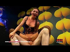 Gorgeous Julie Skyhigh Loves Anal and Cum - German Goo Girls