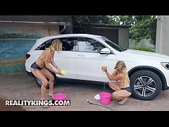 Big Naturals - (Gabi Gold, Gabbie Carter, Damon Dice) - High End Wash - Reality Kings