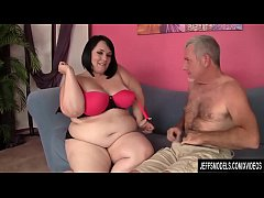 Pretty Plumper Alexxxis Allure Fucked Hard by a Horny Guy