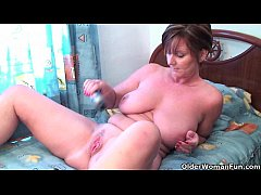 HD Granny Joy fucks her pussy and asshole with dildos
