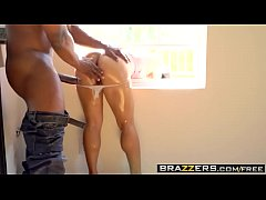 Brazzers - Big Wet Butts - Mia Li and Prince Yashua -  Big Stuck Butt