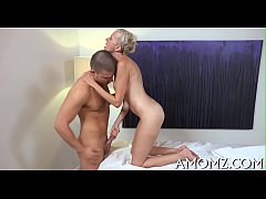 Mature hottie sucks and swallows