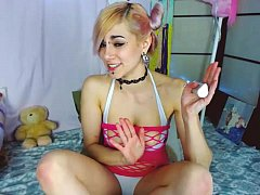 cute o0pepper0o playing on live webcam