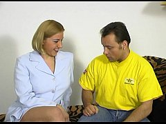 JuliaReaves-XFree - Hausfrauen Report Extra - scene 4 - video 3
