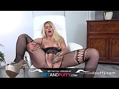 Wetandpuffy - Puffy pussy play for horny blonde Delphine