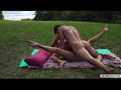Hot threesome group sex with two superhot chicks - XCZECH.com