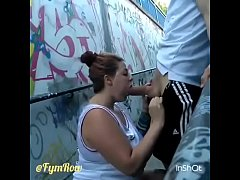 AMATEUR BLOWJOB IN THE STREET
