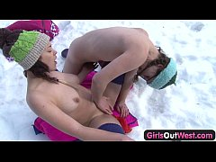 Clip sex Hairy and shaved lesbian fingering on snow