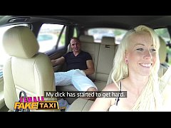 HD Fake Female Taxi Creampie internal payment for sexy blonde driver