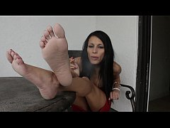 Smoking Hot Feet with Goddess Mercy