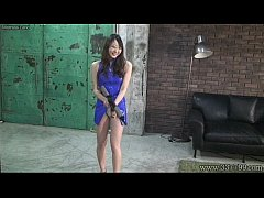 Japanese Femdom Risa whipping three slaves