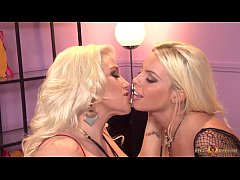 Busty blondes go pussy crazy munching muff at NikkiPhoenixxx