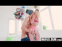 Mofos - Dont Break Me - (Kenzie Kai) - Petite Blonde Seduces BFFs Brother