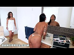 Clip sex Double Spanking Fun with Spicy J, Victoria Banxxx and Kiley Jay