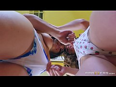 Brazzers - Riely Ried gets her ass licked by Ga...