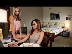 WebYoung - Ariana Marie, Kenna James