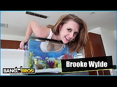 BANGBROS - Teen Babe Brooke Wylde Dips Her Big Natural Tits Into A Fish Tank