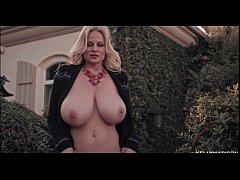 Kelly Madison Wants You To Appreciate Her Fabulous Breasts