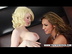 Jessy Dubai and TS Sarina Valentina in shemale ...