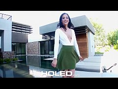 HD HOLED Real estate agent Gia Paige anal fucks potential buyer