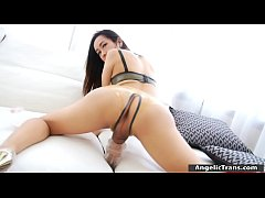 Sexy shemale fucks cock with fleshlight