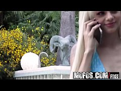 Mofos - Pervs On Patrol - Slim Teens Cute Blue Bikini starring Elsa Jean
