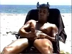 Hung huge muscled straight guy jerks off on public beach. - YouTube