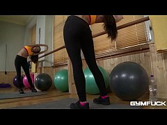 Gym fuck babe Subil Arch works out her tight pussy riding a rubber ball