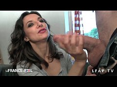 Clip sex Casting amateur maman cougar suce une enorme queue