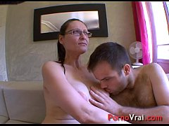 Horny mature lady impales herself on a boy's cock! French amateur