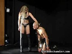 Femdom Blond Dominatrix enjoy kinky foot fetish