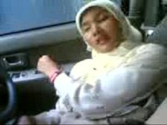 Malay - Played My Mom's Hot Pussy Hole In Her Car