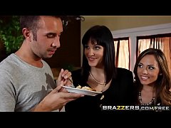Brazzers - Slutty milfs (Bobbi Starr, Kristina Rose) share cock in anal threesome