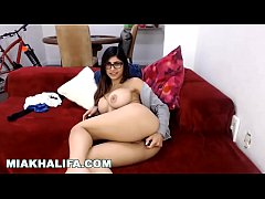 MIA KHALIFA - Watch Me Play With My Pussy In Front Of My Webcam