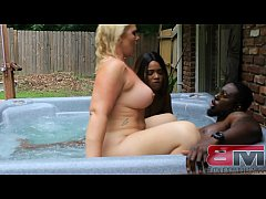 Champion Dick Provider Bones Montana ends racism by banging two hot chicks in a jacuzzi for 6 mins while pathetic bum ass incel losers fap to it and talk shit about him in the comment section!!!