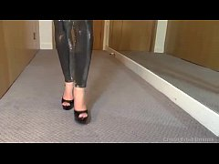 Sexy Metallic Silver Suspender Fetish Leggings(bajaryoutube.com)