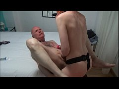 Clip sex Ulf Larsen, 59, fucked by the whore Angel, 21, with strapon