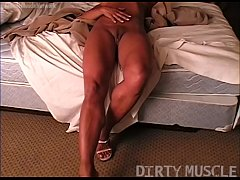 Naked Female Bodybuilder Masturbates on Her Bed