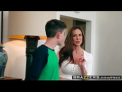 Brazzers - Milfs Like it Big - (Kendra Lust, Jordi El, Nino Polla) - Kendras Thanksgiving Stuffing - Trailer preview