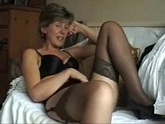 Sara - 14 English Milf with nice upskirt view